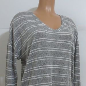 ⭐For Bundles Only⭐Wantable Top Long Sleeve XL